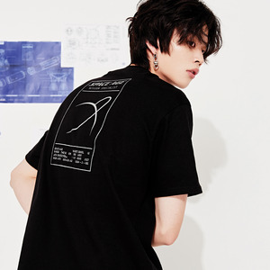 saturn t-shirt black