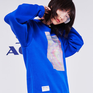 hologram sweatshirt blue